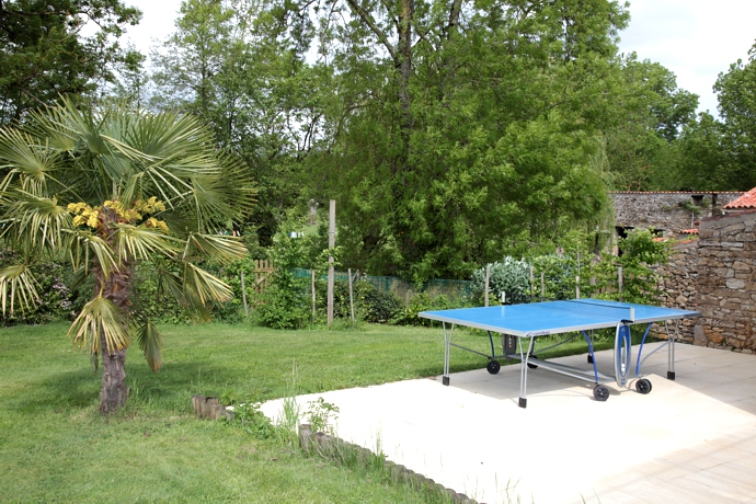Gite avec table de ping-pong
