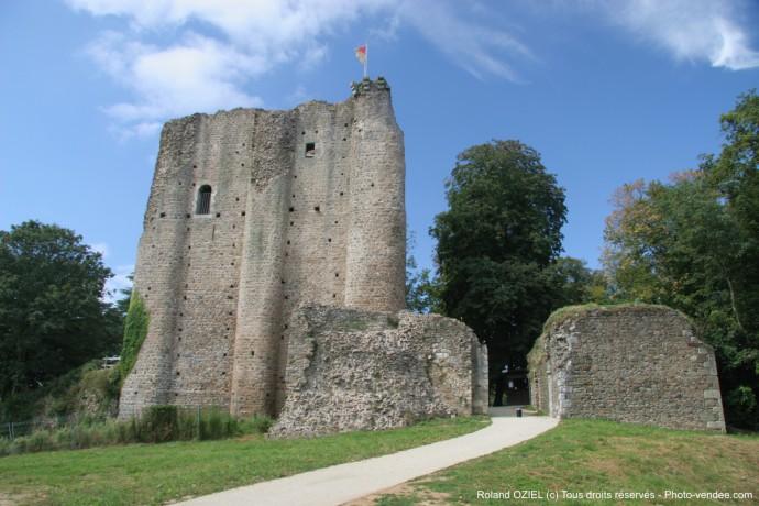 Viiste du Chateau de Pouzauges